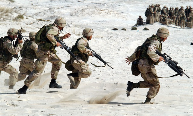 can you join army with flat feet