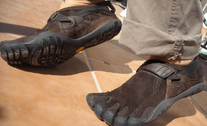 why people wear five finger shoes